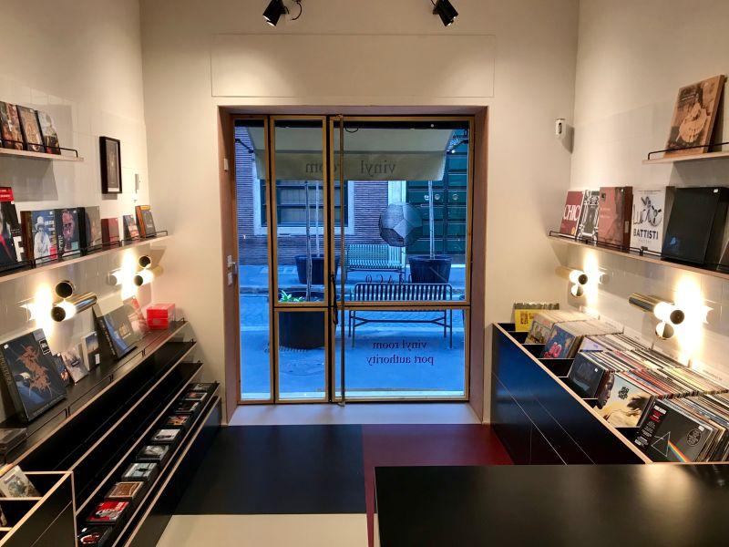 vinyl-room-roma